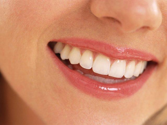 3 techniques pour des dents plus blanches
