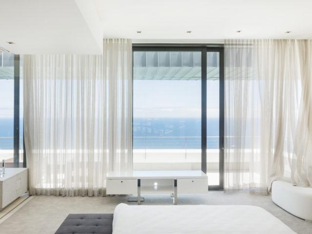Déco : 10 idées de voilage et de rideaux